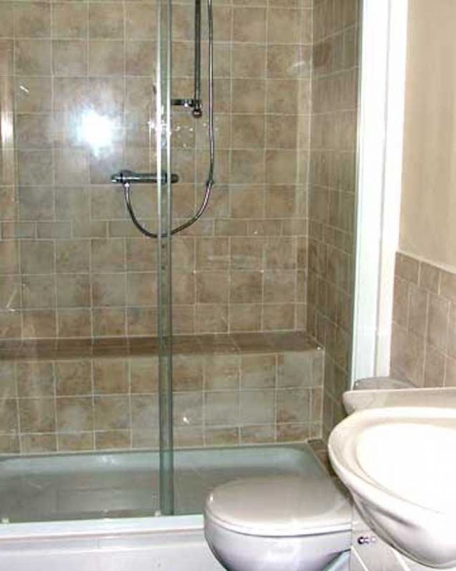 img-cottage-bathroom